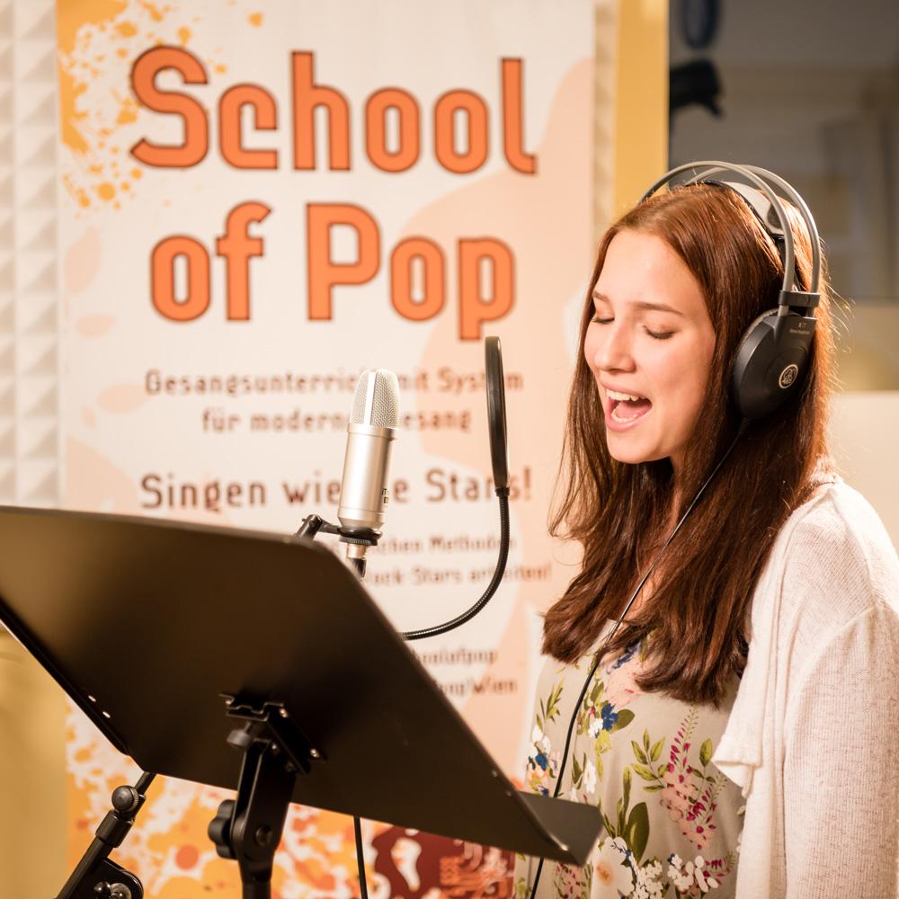 Bekannt School of Pop - Gesangsunterricht in Wien RN62